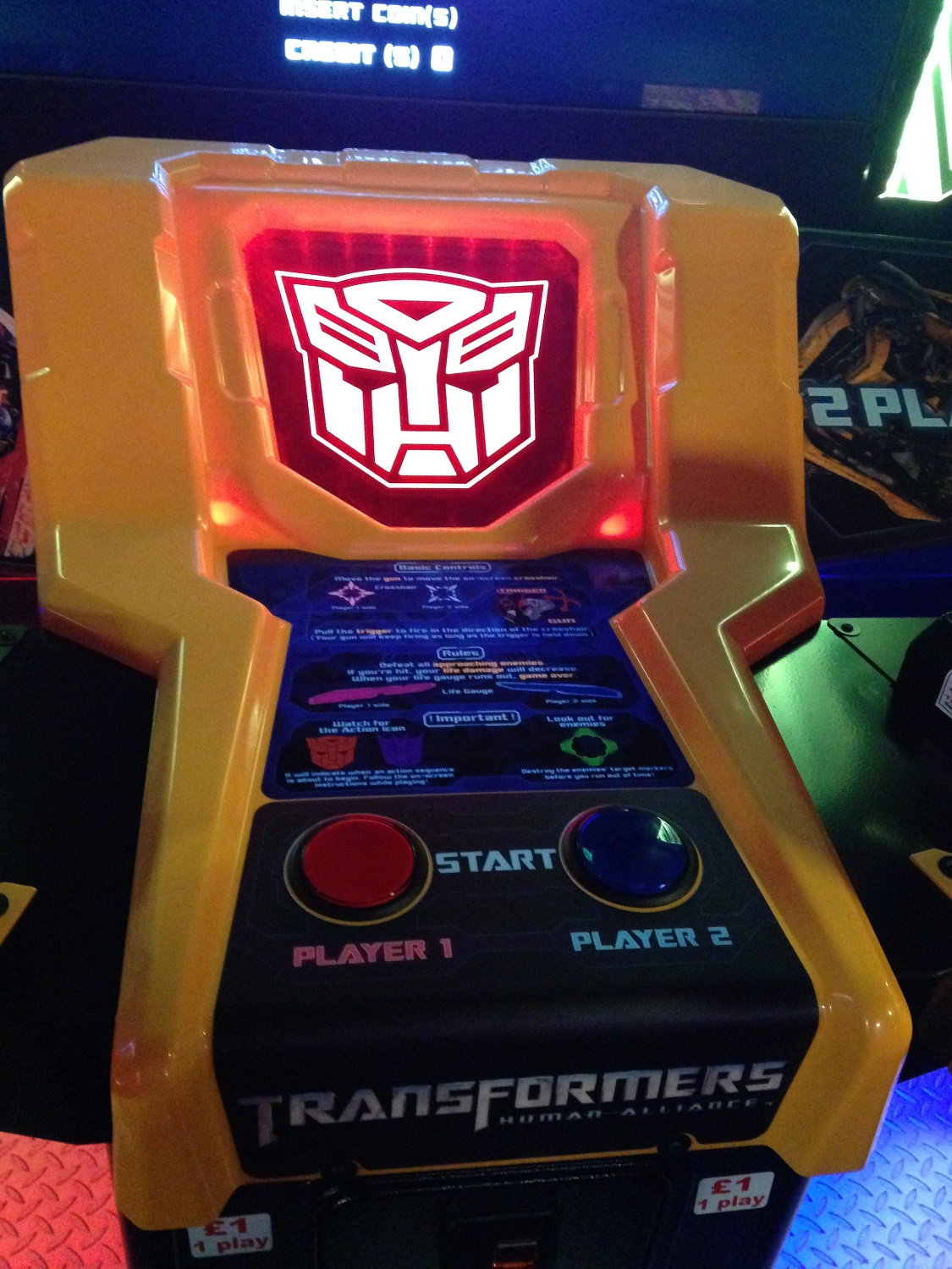 a closer look at the transformers human alliance arcade